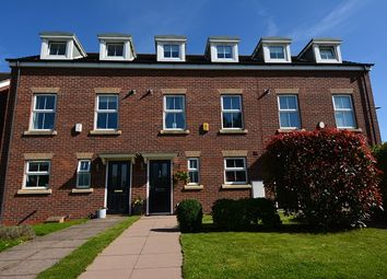 Pear Tree Field, Stapeley, Nantwich, Cheshire CW5. 3 bed town house