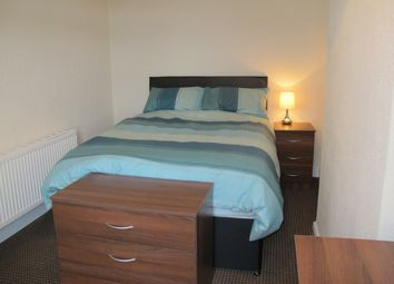Thumbnail Room to rent in Watlands View, Newcastle Under Lyme