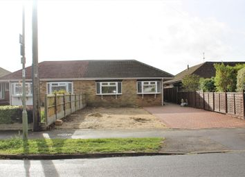 Thumbnail 3 bed property for sale in Oaklands Grove, Cowplain, Waterlooville
