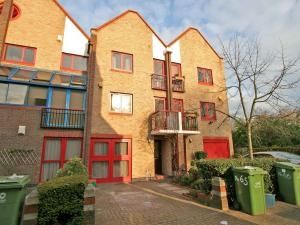 Thumbnail Room to rent in (House Share) Bywater Place, Canada Water, London