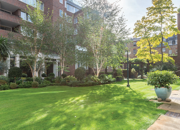 Thumbnail 3 bedroom flat for sale in Ebury Street, London