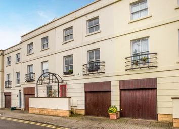 Thumbnail 2 bed town house to rent in Grosvenor Place South, Cheltenham