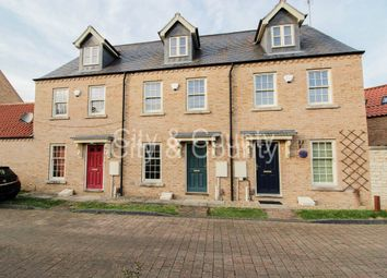 Thumbnail 3 bed property to rent in Strawberry Avenue, Bretton, Peterborough