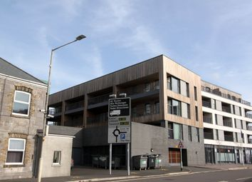 Thumbnail 1 bed flat to rent in Millbay Road, Plymouth, Devon