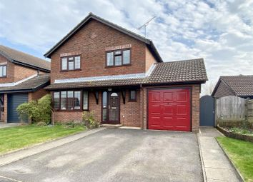 Thumbnail 4 bed detached house for sale in Thornfield Close, Clanfield, Waterlooville