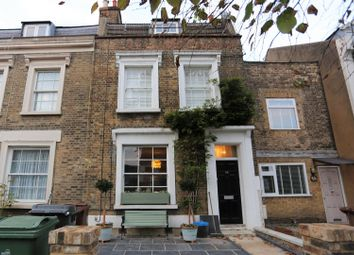Thumbnail 2 bed flat to rent in Grosvenor Park Road, Walthamstow, London