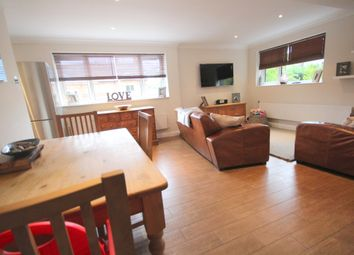 Thumbnail 2 bed town house for sale in Fishery Road, Hemel Hempstead