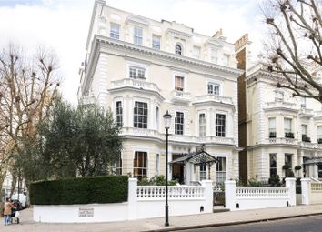 Thumbnail 2 bed flat for sale in Holland Park, London