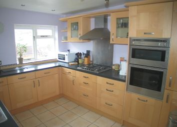 Thumbnail 3 bed detached house to rent in Park Avenue, Bath