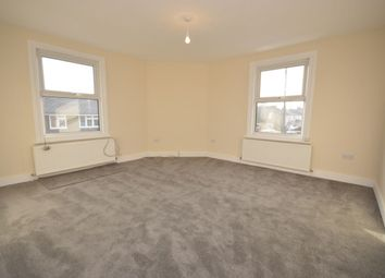 1 bed flat to rent in Adrian Road, Abbots Langley WD5