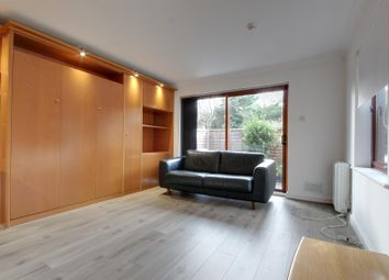 Thumbnail Studio to rent in The Ridgeway, Enfield