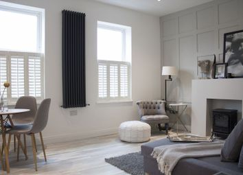 Thumbnail 3 bed flat for sale in Hartfield Crescent, London
