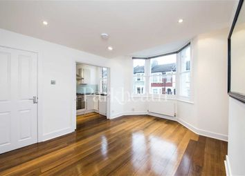 Thumbnail 3 bed flat to rent in Parolles Road, Archway, London