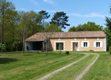 Thumbnail 3 bed bungalow for sale in La Clotte, La Clotte, Montguyon, Jonzac, Charente-Maritime, Poitou-Charentes, France