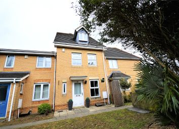 Thumbnail 3 bed shared accommodation to rent in Morgan Close, Luton, Bedfordshire