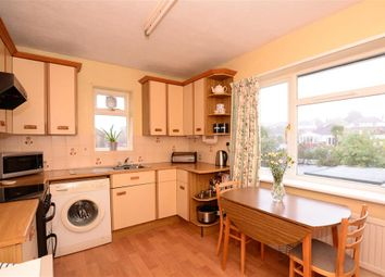 Thumbnail 2 bedroom flat for sale in Findon Road, Worthing, West Sussex