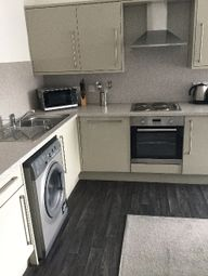 Thumbnail 2 bed flat to rent in Strathmartine Road, City Centre, Dundee