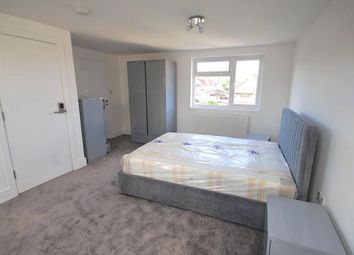 Room to rent in Vivian Avenue, Wembley, Middlesex HA9