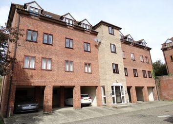 Thumbnail 2 bed flat to rent in Angle Side, Braintree