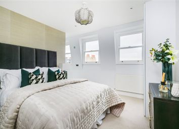 Thumbnail 3 bed flat for sale in Waldemar Avenue, Fulham, London