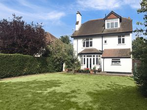 Thumbnail 7 bed detached house for sale in Mayfield Road, South Sutton