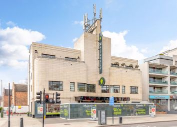 Malwood Road, Clapham South SW12. 2 bed flat for sale