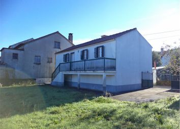 Thumbnail 2 bed detached house for sale in Oleiros, Castelo Branco, Central Portugal