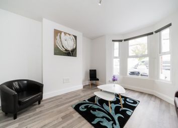 Thumbnail 1 bedroom flat to rent in Marville Road, Fulham