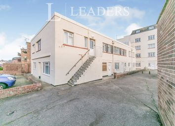 2 bed flat to rent in Marine Parade East, Clacton-On-Sea CO15