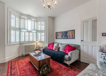 Thumbnail 2 bedroom flat for sale in Hall Lane, Chingford