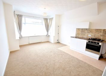 Thumbnail 1 bedroom flat for sale in Genesta Road, Westcliff-On-Sea