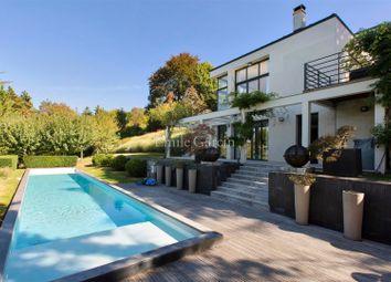 Thumbnail 4 bed property for sale in 11 Rue De La Vallée Hudree, 92500 Rueil-Malmaison, France