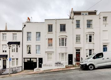 Thumbnail 2 bed flat for sale in Clifton Place, Brighton, East Sussex