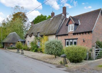 Thumbnail 4 bed cottage to rent in Upper Lambourn, Hungerford