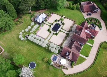 Thumbnail 5 bedroom detached house for sale in West Common, Harpenden, Hertfordshire