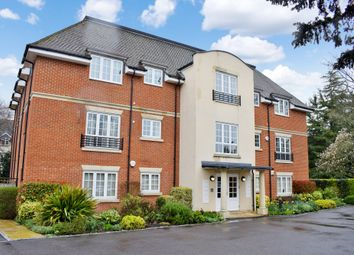 Thumbnail 2 bed flat for sale in St. Johns Road, Newbury