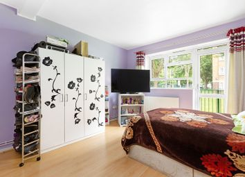 Thumbnail 1 bed flat for sale in Daniell House, Hoxton