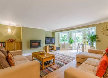 Thumbnail 2 bedroom flat for sale in Canonbury Lane, Canonbury