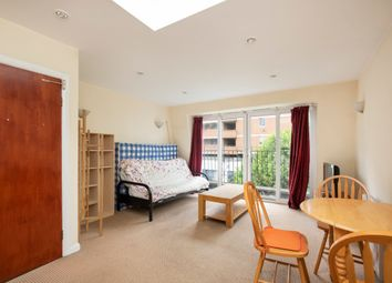 Thumbnail 1 bed flat to rent in Hatton Garden, London