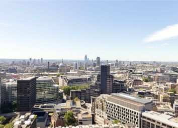 Shakespeare Tower, Barbican, London EC2Y. 3 bed flat