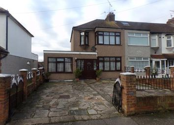 4 bed end terrace house for sale in Rush Green, Romford, Havering RM7