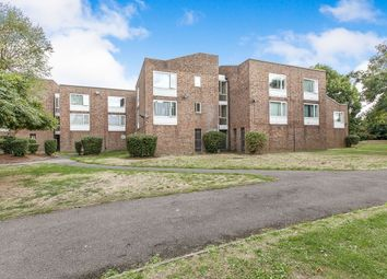 1 bed flat to rent in De Havilland Way, Stanwell, Staines-Upon-Thames TW19
