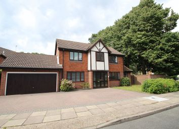 Thumbnail 4 bedroom detached house to rent in Heathview Drive, London