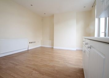 Thumbnail 3 bed property to rent in Beverstone Road, Thornton Heath