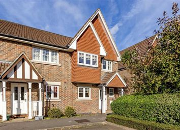 Thumbnail 3 bed property for sale in Fawcett Close, London