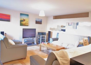 Thumbnail 2 bed flat to rent in East Street, Elephant And Castle