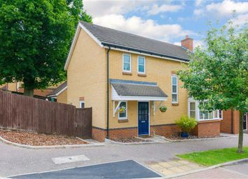 Thumbnail 4 bedroom detached house for sale in Plomer Avenue, Hoddesdon, Hertfordshire