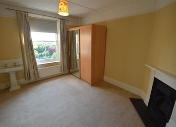 4 bed property to rent in Hampton Road, Ilford IG1