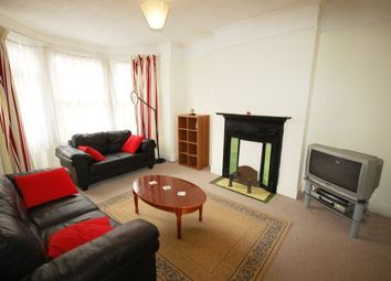 Thumbnail 1 bedroom flat to rent in Woodside Road, London