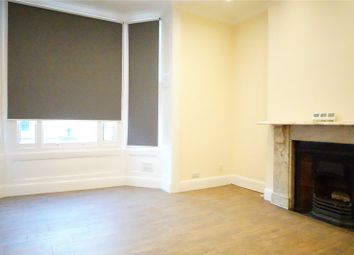 Thumbnail 1 bed flat to rent in Tufnell Park Road, Holloway, London